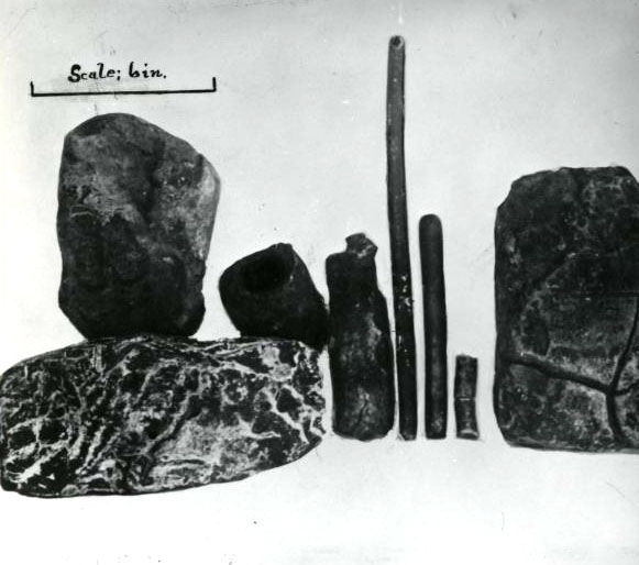 Beeswax and other artifacts found on Nehalem beach, 1922