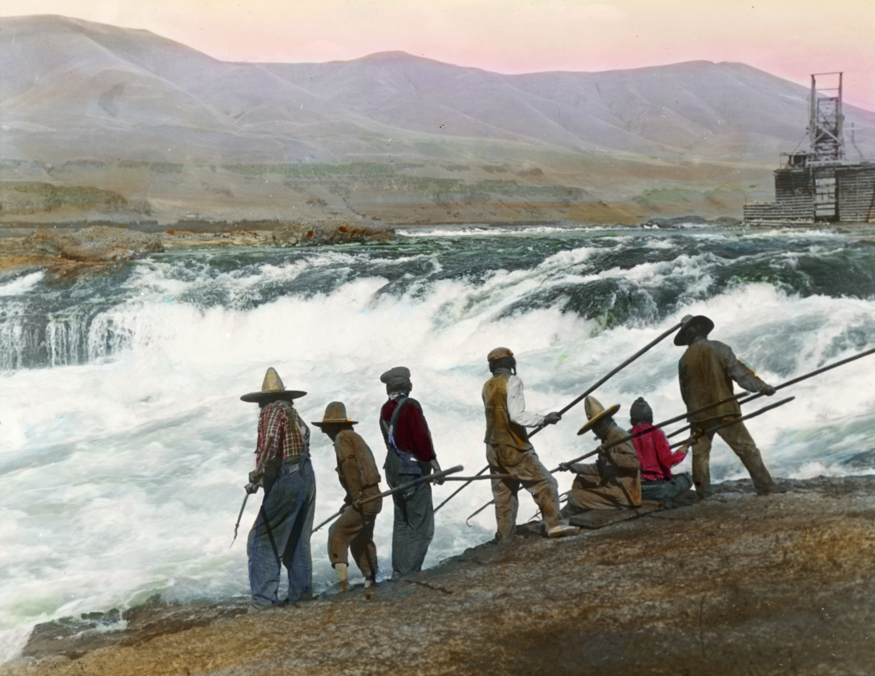 INDIANS FISHING FOR SALMON IN OREGON SPEARING SALMON HARPOON INDIAN HISTORY