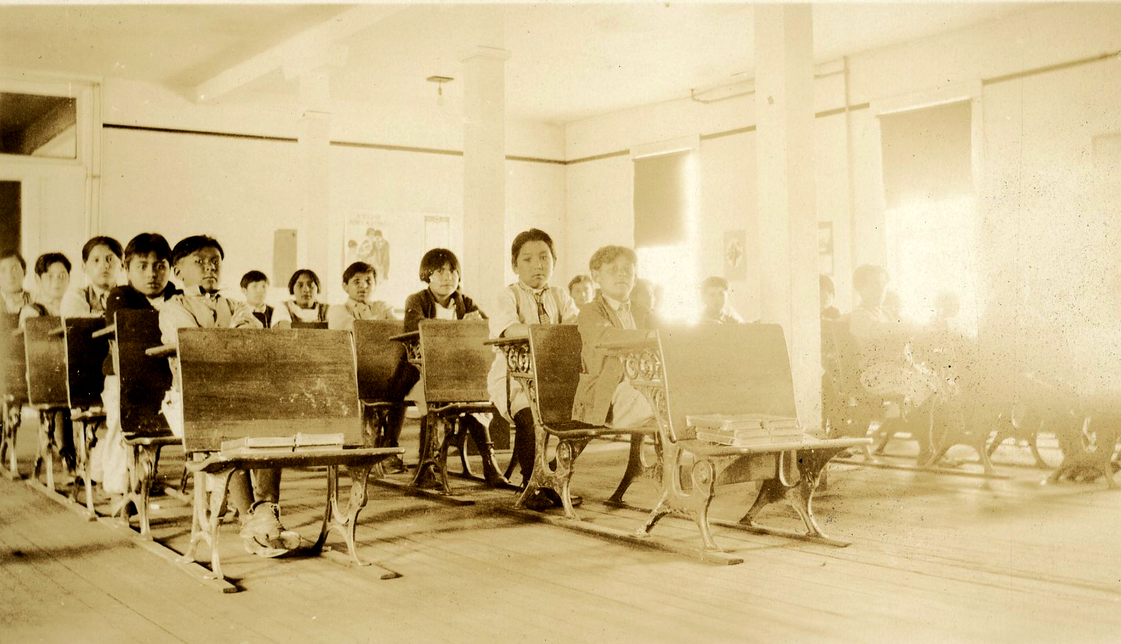 Chemawa students in their desks, c.1928. Courtesy Oregon Hist. Soc. Research Lib., Alice Judd Coll. 492.