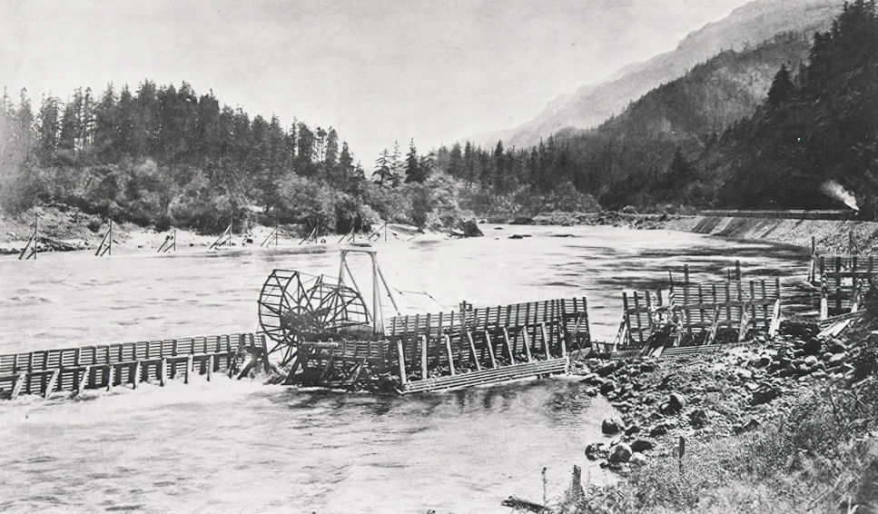 Fish wheel at Bradford Island, Columbia River, bb008490
