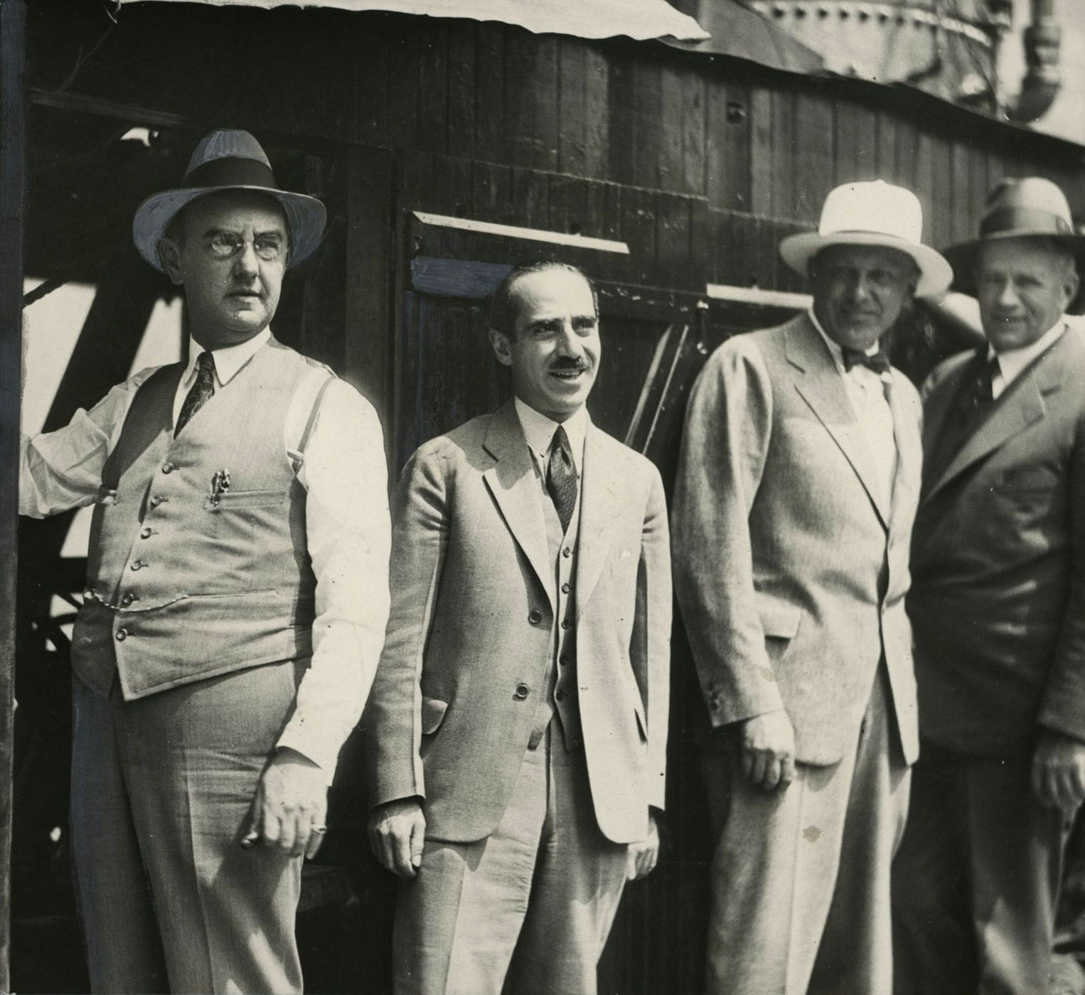 Julius Meier and Aaron Frank, with Hoffman and Dinwiddle contractors building addition to Meier & Frank, July 1930