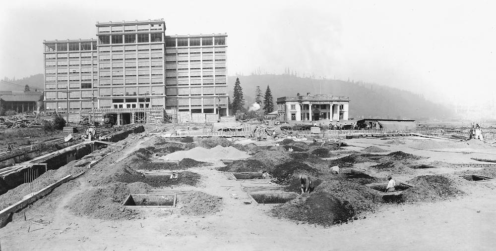 Montgomery WardPark Building - Oregon encyclopedia