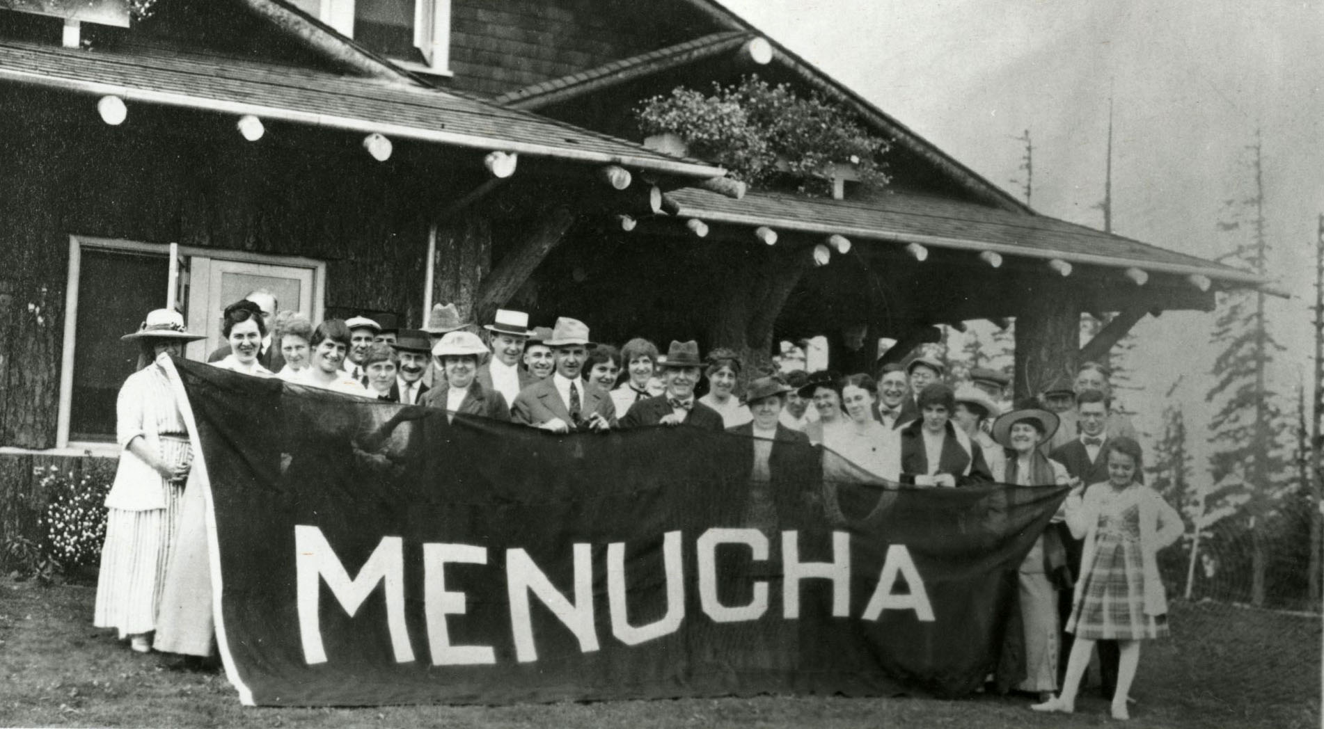 Meier and Frank employees at Menucha. Julius Meier in center, with tie.