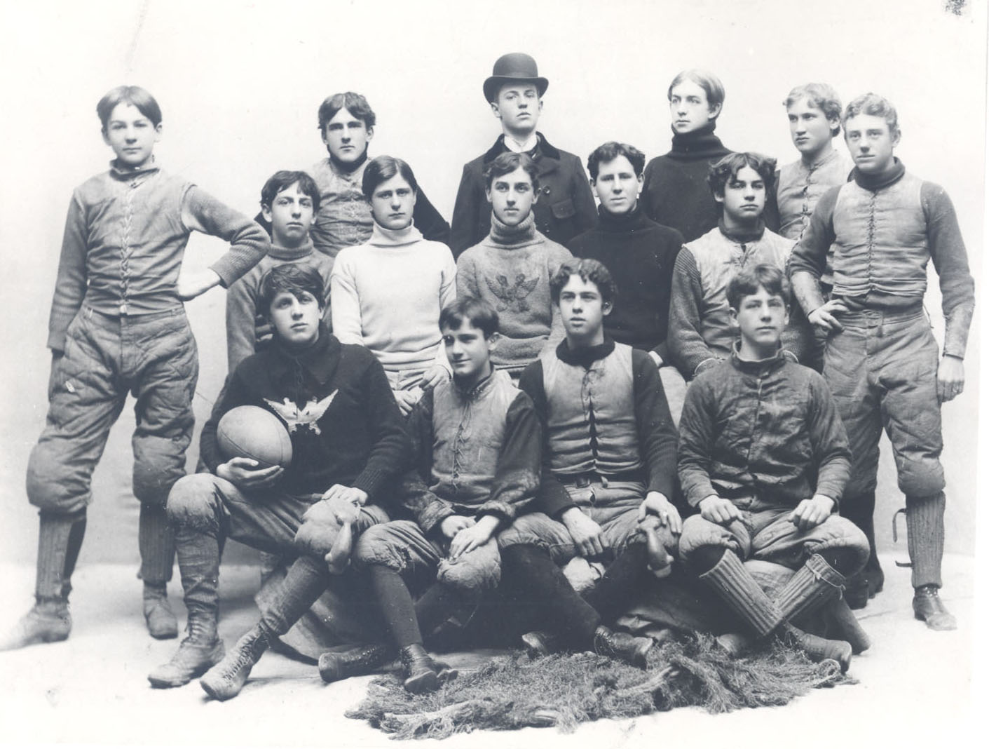 Early MAC football team