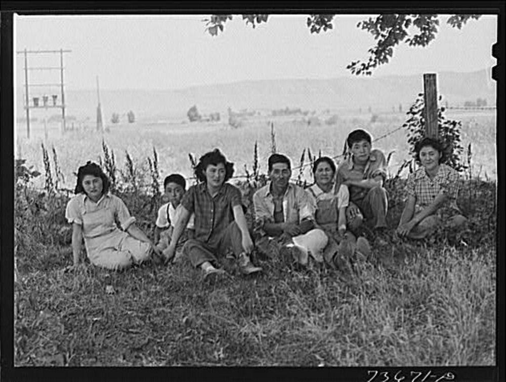 Nyssa, Japanese Am family near, 1942
