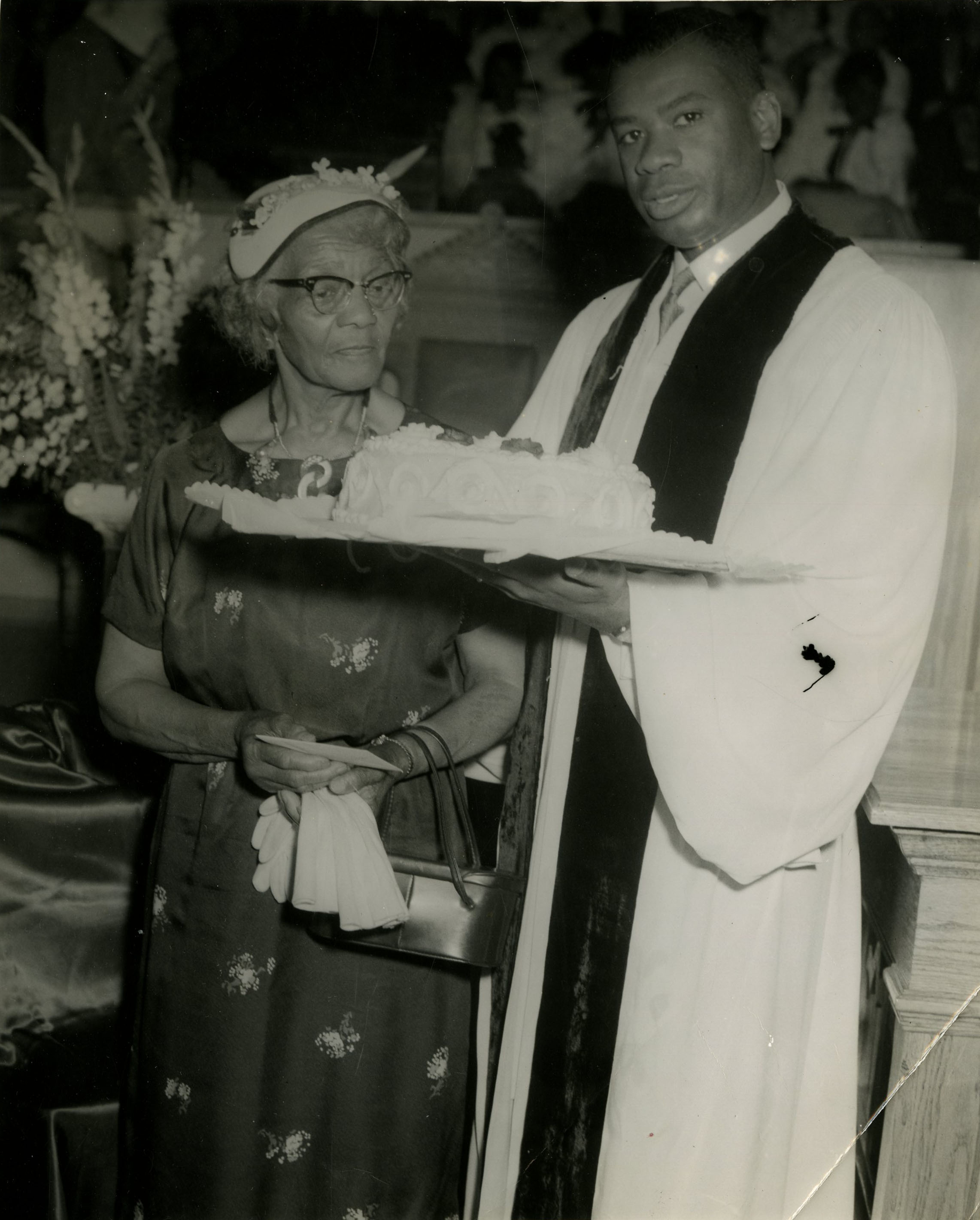 Rev. O.B. Williams and Sarah Ann Bates celebrate Mothers' Day, 1962