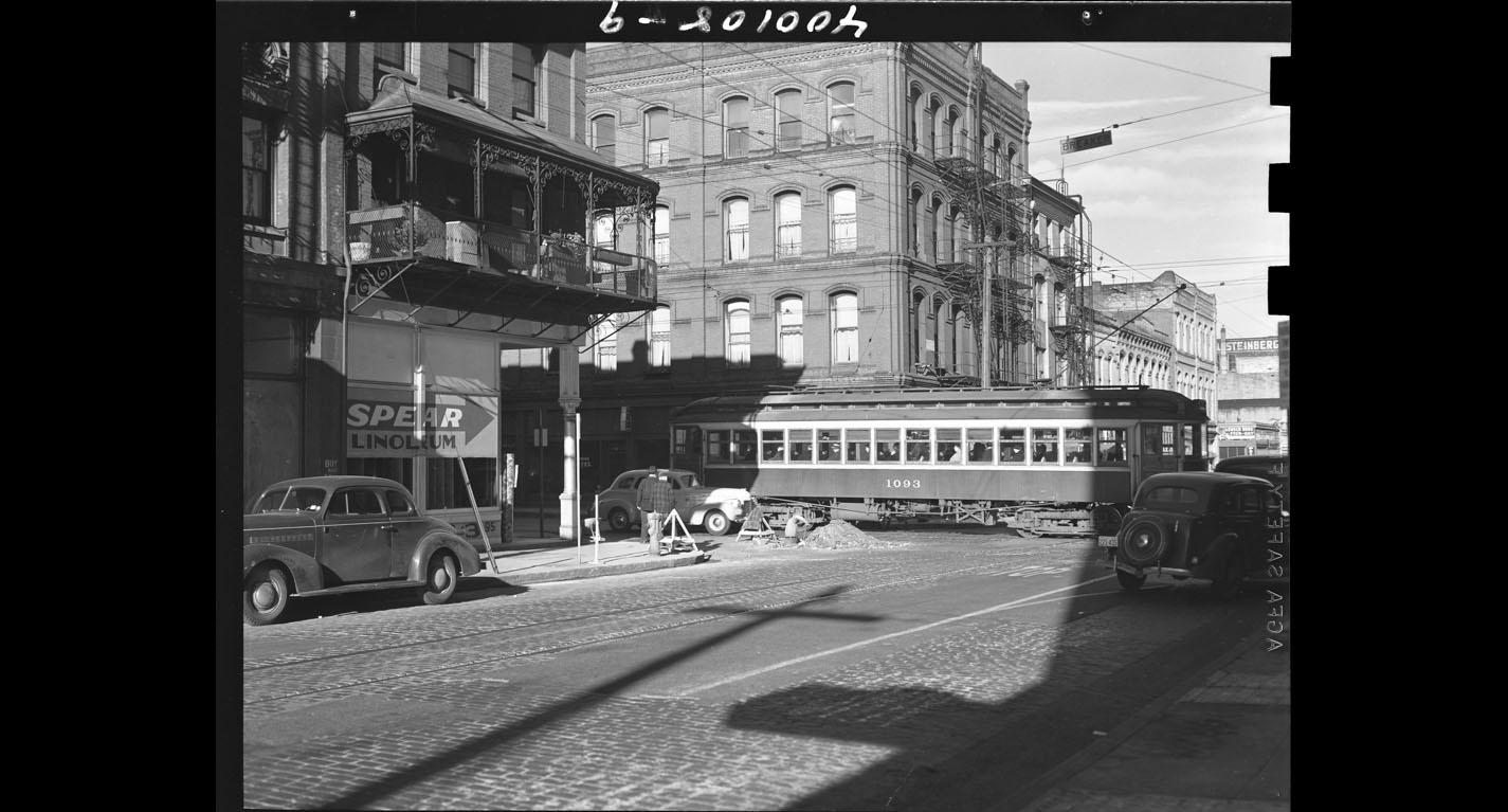 Front and Madison, January 8, 1940