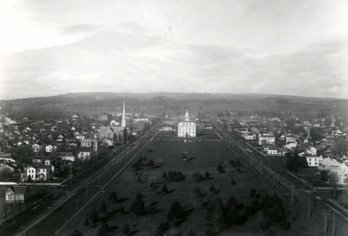 Salem, view of Marion County Courthouse and Willson Park, from the dome of the capitol, c.1890