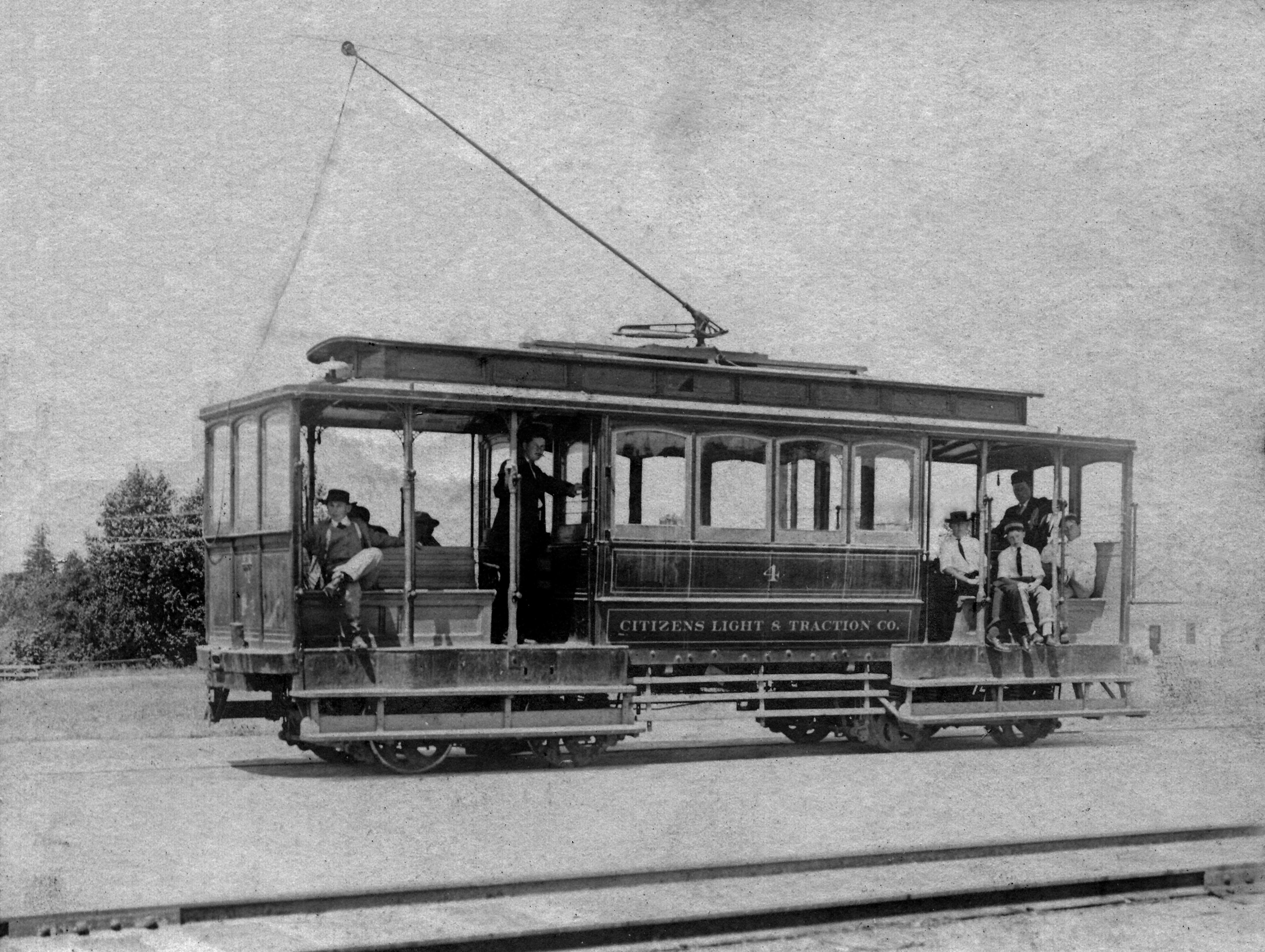 Salem Streetcar System - Street cars