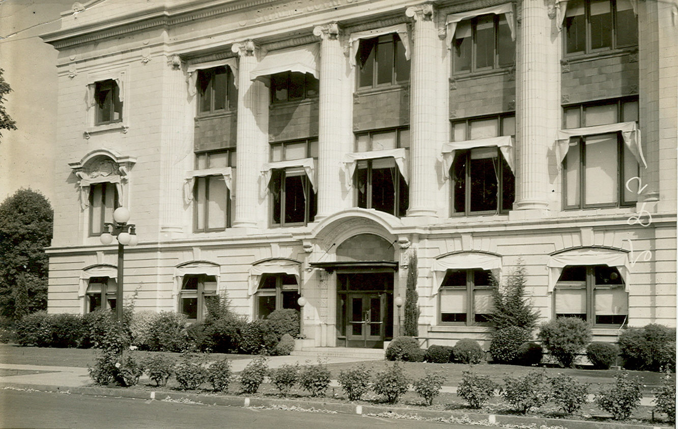 View of Oregon Supreme Court building from the south, c.1930.