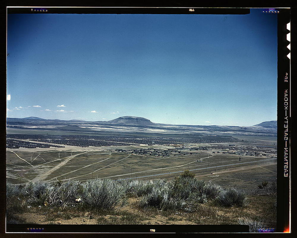 Tule Lake Internment Camp, 1