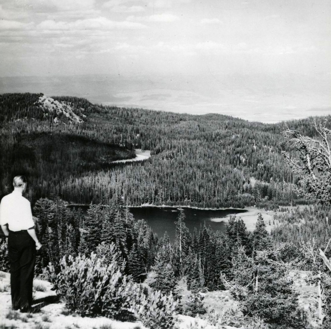 Anthony Lakes, 1949