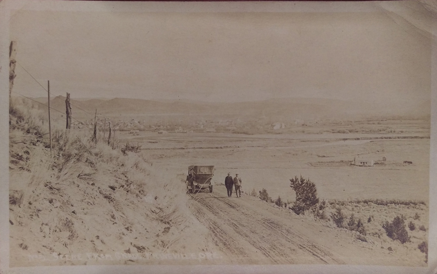 Postcard image of the grade west of Prineville, c. 1910.
