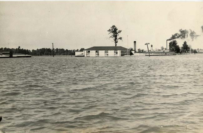 Vanport campus, two hours after the flood, 1948