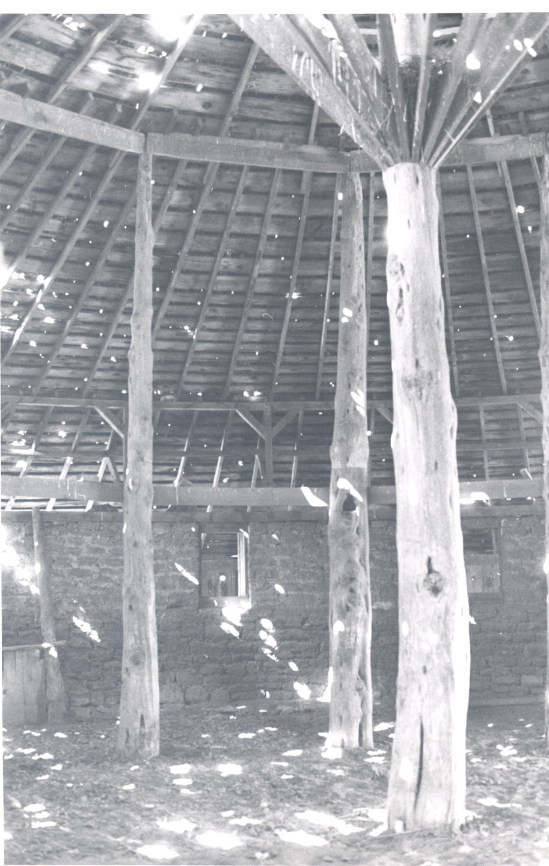 Round Barn Interior on House Family 1900