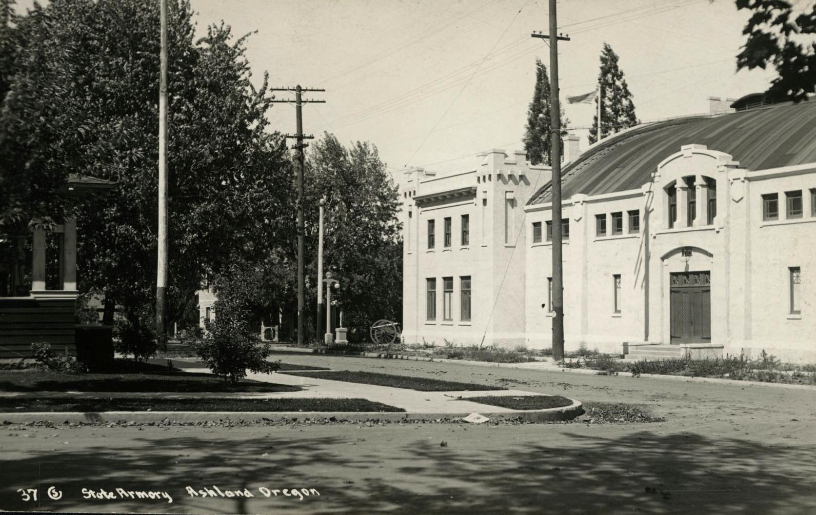 Armory in Ashland, Oregon, 1916