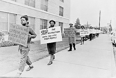 Protest against Emanuel Hospital expansion, 1973