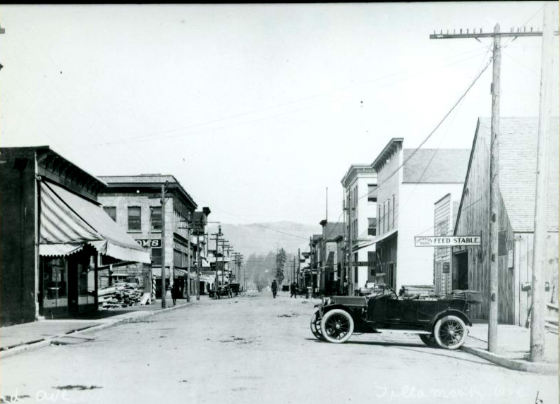 Tillamook, 2nd Ave., c.1920