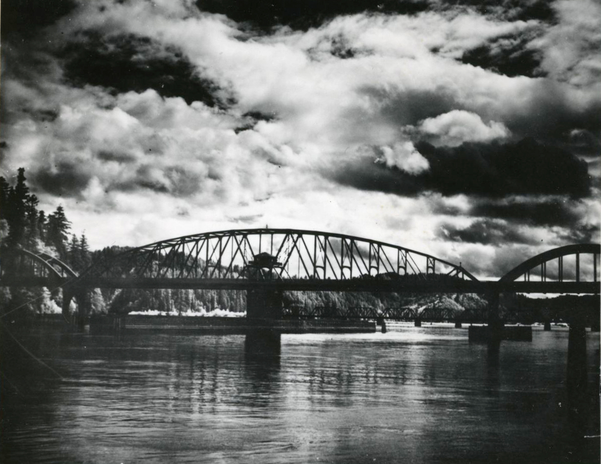 Umpqua River Bridge, 1936
